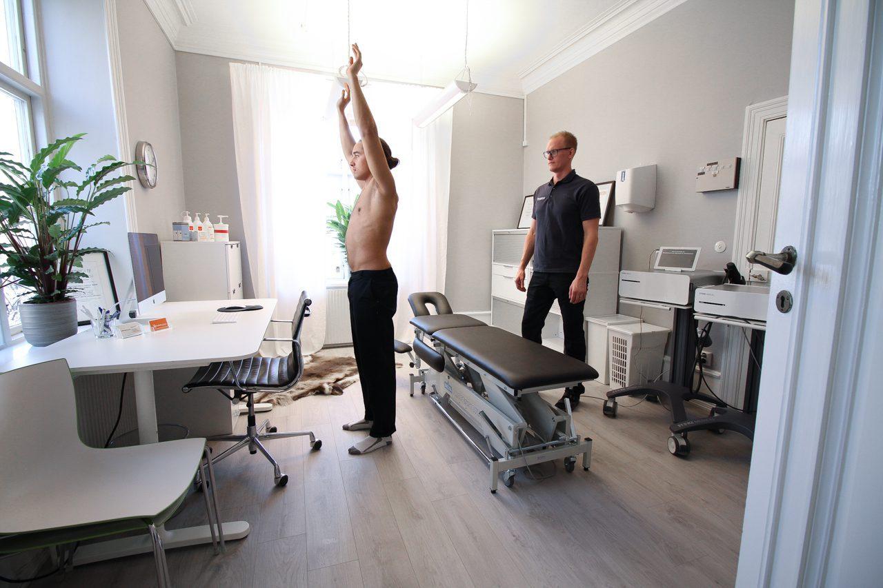 Naprapat och idrottsmedicin behandling